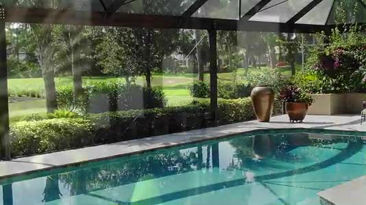 Expanded View Pool Enclosure